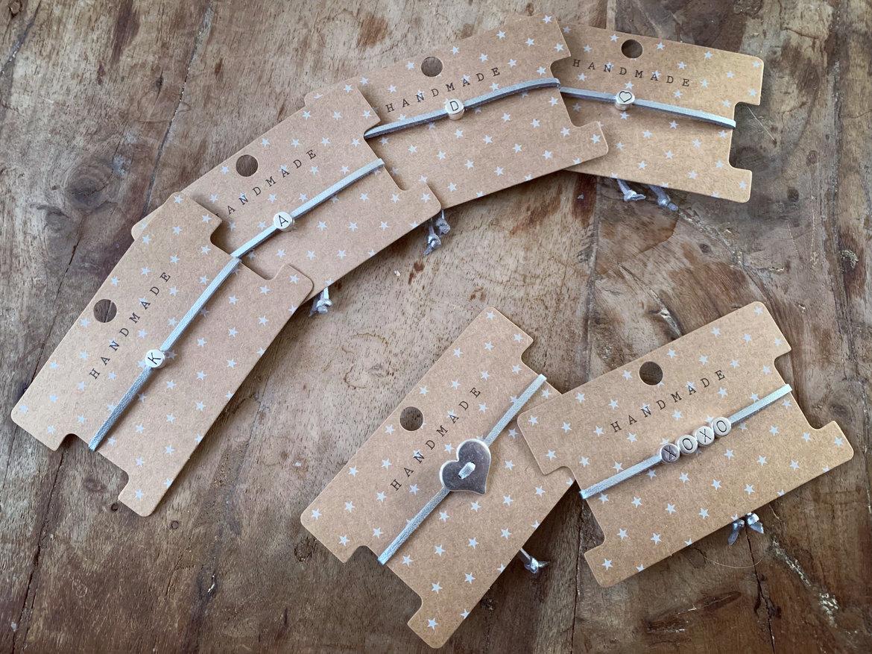 Initialen-bracelets