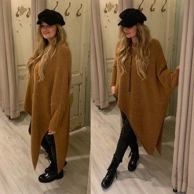 Asymmetric Teddy sweater - camel