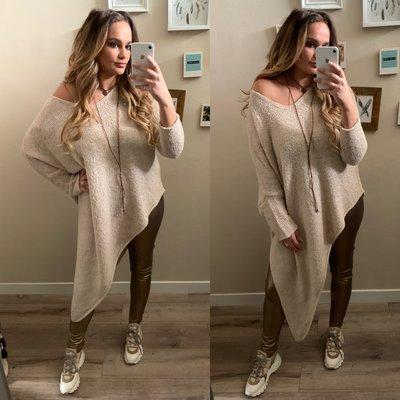 Asymmetric Teddy sweater - beige
