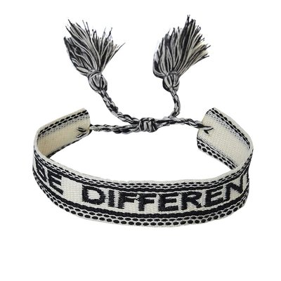 Armband Be Different - zwart wit
