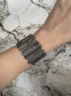 FEATHER Bracelet ARMBAND - ZILVER